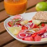 Gravlax z sałatką cytrusową i sosem chili