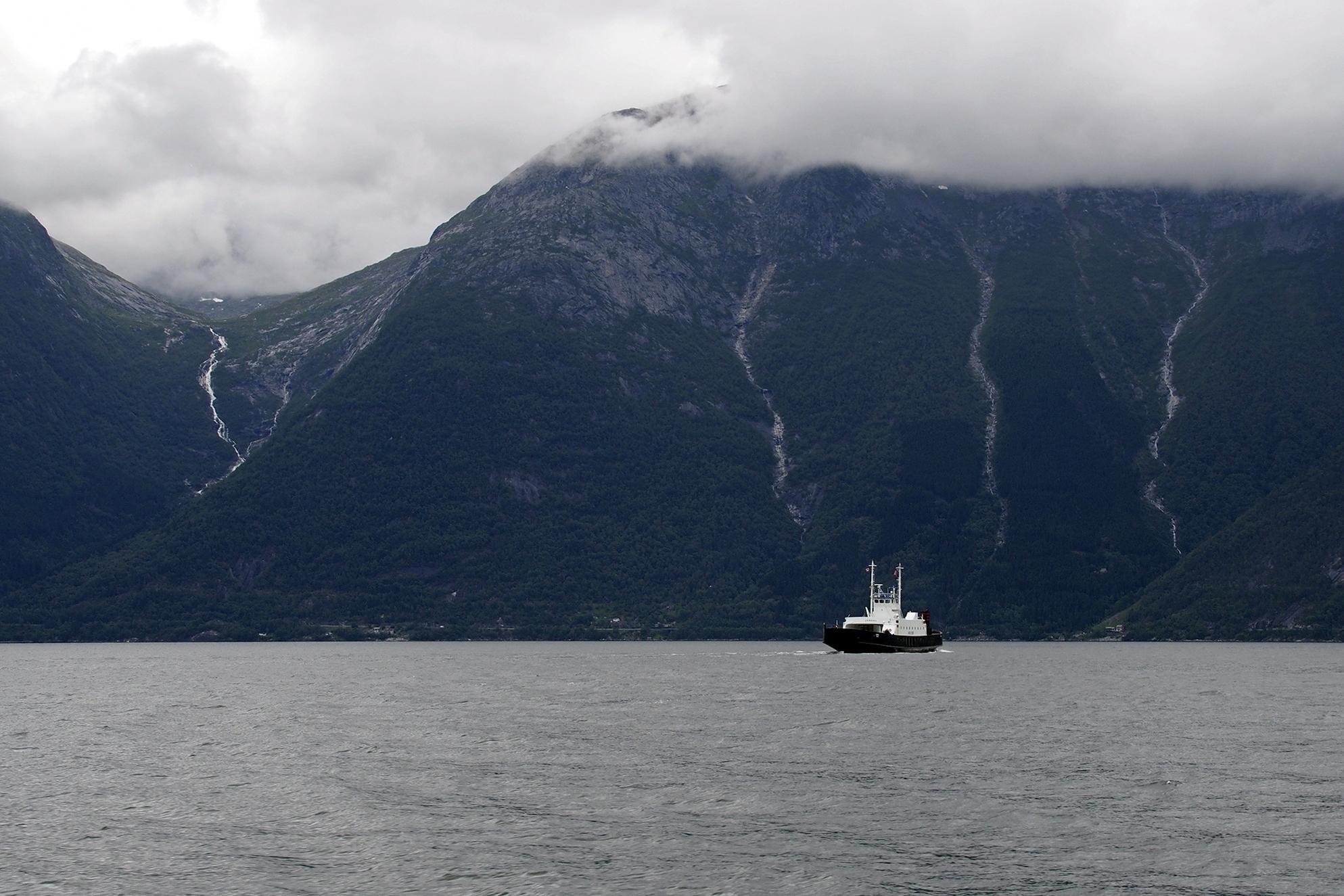 Bergen & Hardangerfjorden