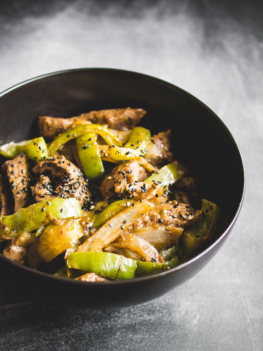 Japońska wołowina z warzywami
