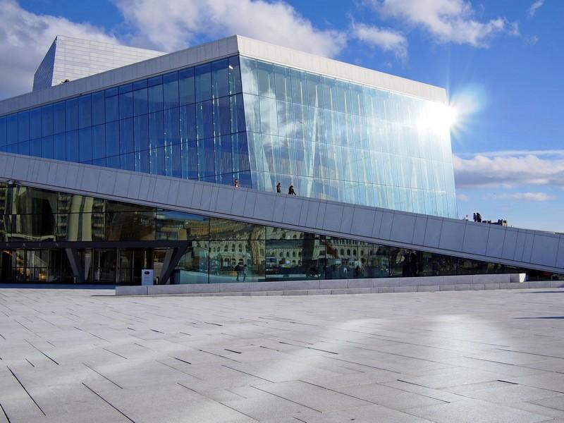 Kra lodowa na Oslofjordzie czyli Operahuset