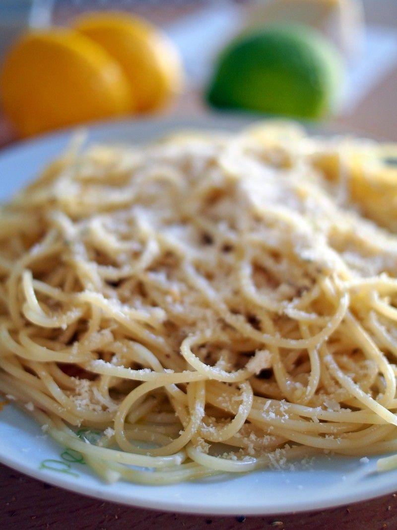 Spaghetti z cytryną i parmezanem