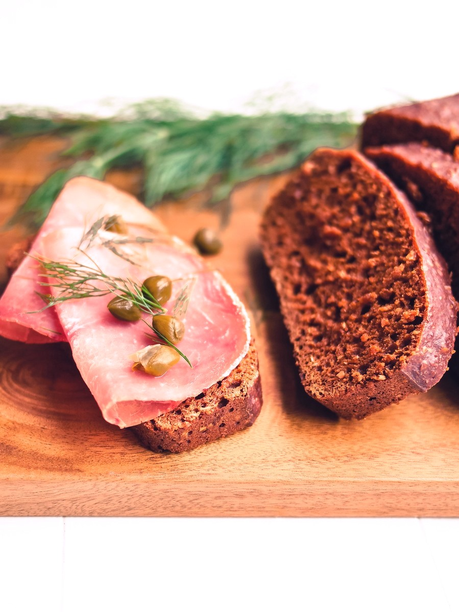 Rúgbrauð. Islandzki chleb wulkaniczny