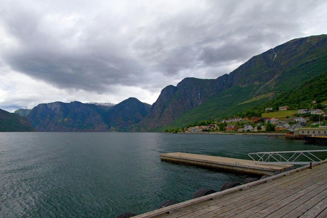 Aurland, Aurlandsfjorden i Stagestein